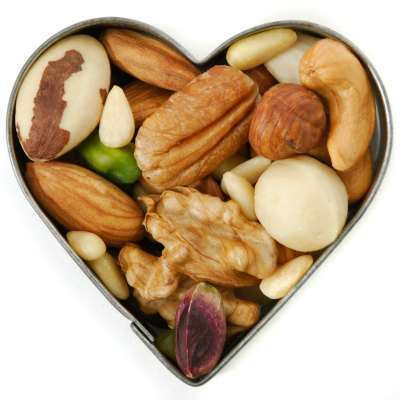 mixed-nut-heart-regularb
