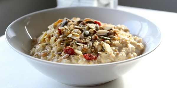 Is there gluten in oats? Can I eat them if I am a coeliac?