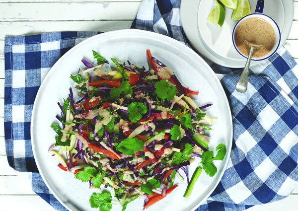 Pad thai Salad with spicy almond sauce small
